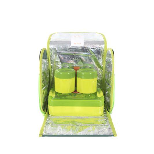 zielona torba na lunch dla dzieci z pojemnikami na jedzenie