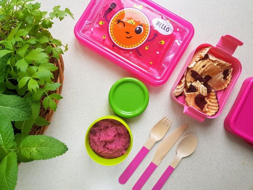 Różowy lunchbox do szkoły - puree z buraka