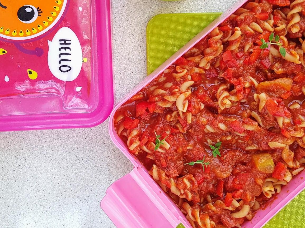 czerwone jedzenie jem challenge