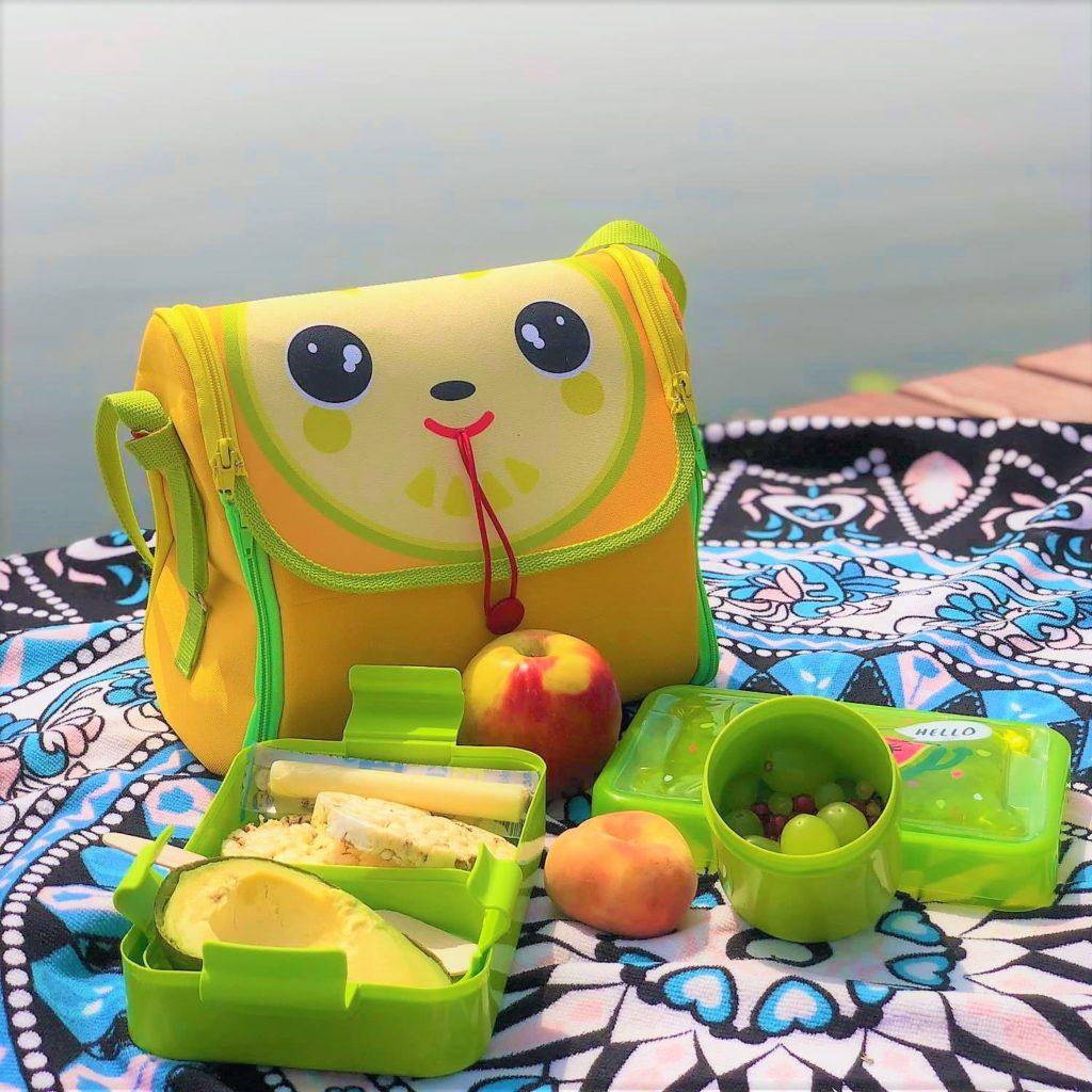 torba na piknik na plaze lista rzeczy