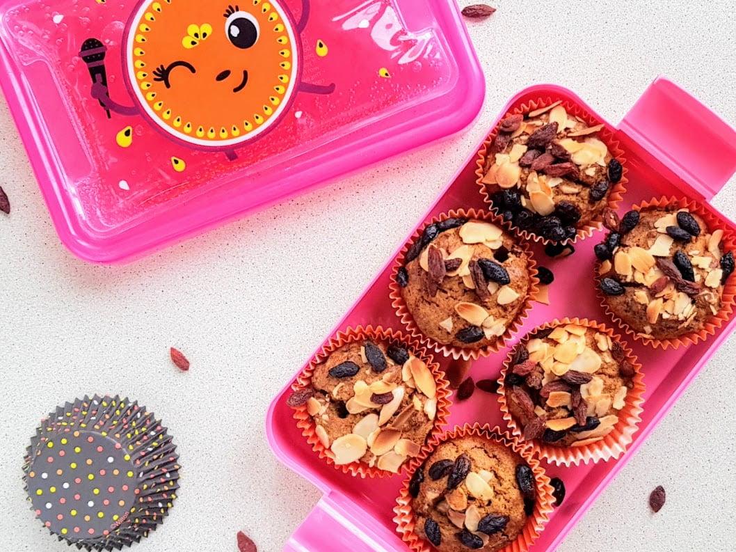 dyniowe babeczki bez cukru różowy pojemnik na jedzenie