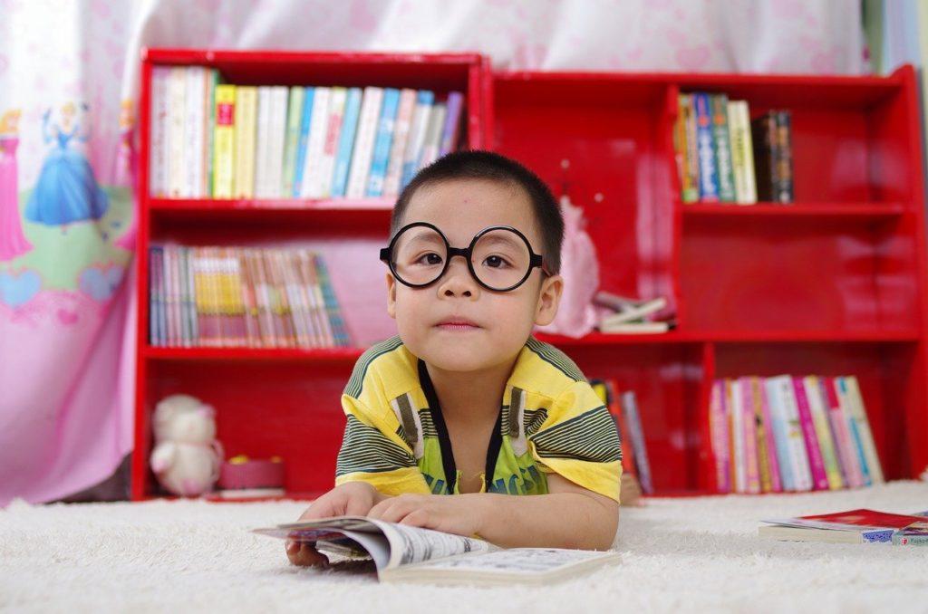 odrabianie lekcji nauka z dzieckiem