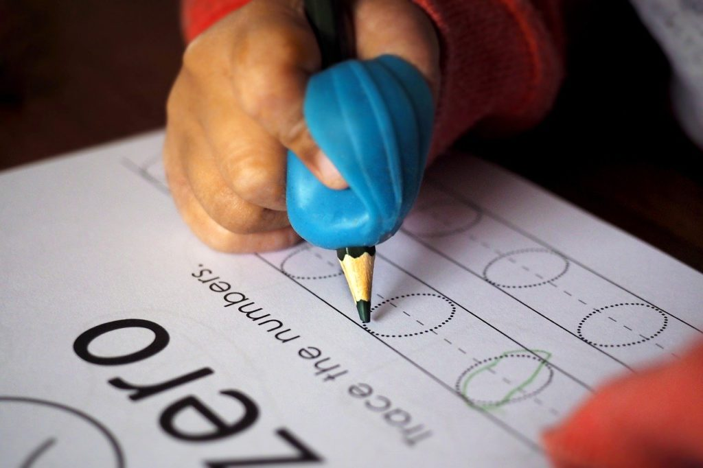 odrabianie lekcji z dzieckiem dobre praktyki