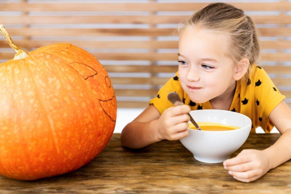 pomaranczowe jedzenie dla dzieci
