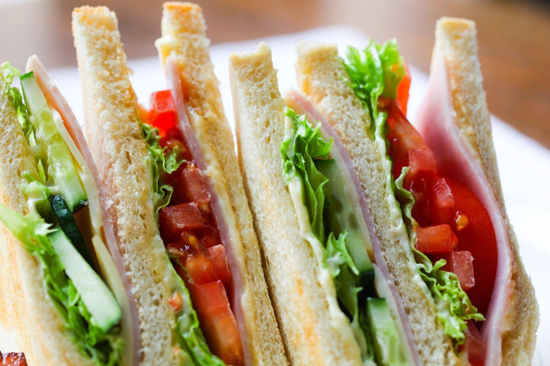 kanapki dla dzieci na sylwestra szybkie