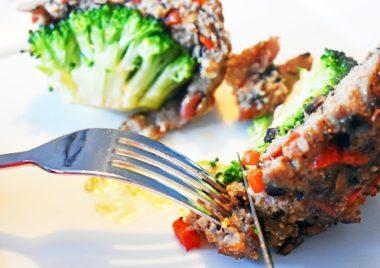 Kotlety brokułowe z pieczarkami szybkie