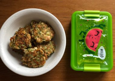 placuszki z brokula i piersi indyka